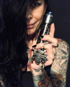 Of Vapers and Queens - Tattina W. - Inhaberin und E-Zigaretten + Dampfer Blog Autorin