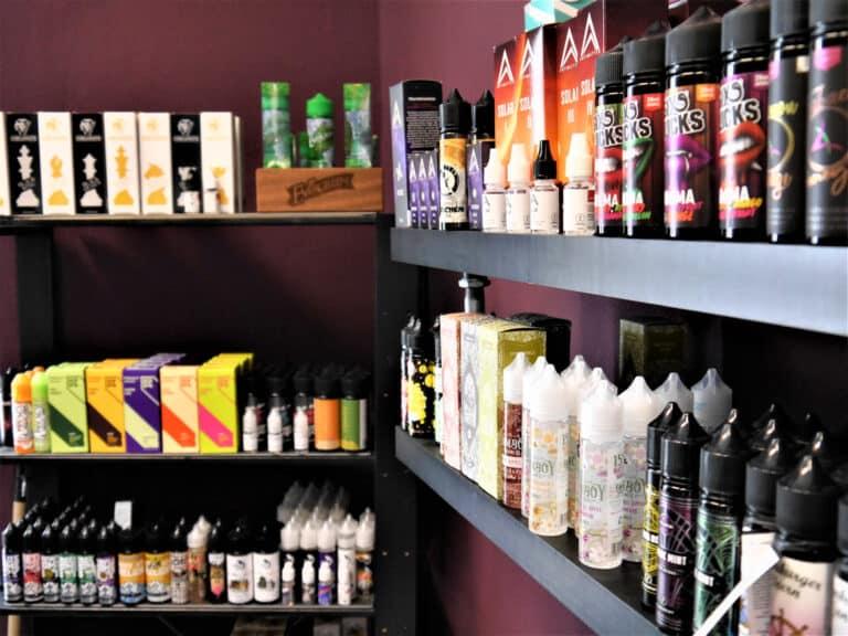 Of Vapers and Queens - Dampfer E-Zigaretten E-Liquids Online-Shop - Filiale Bremen hier guenstig Liquids kaufen